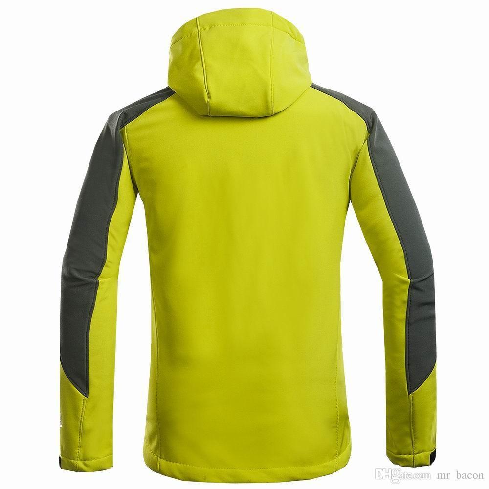 cappotto invernale Giacca soft shell composta da uomo Sport all'aria aperta il tempo libero cappotto sportivo Alpinismo da trekking giacca da uomo antivento
