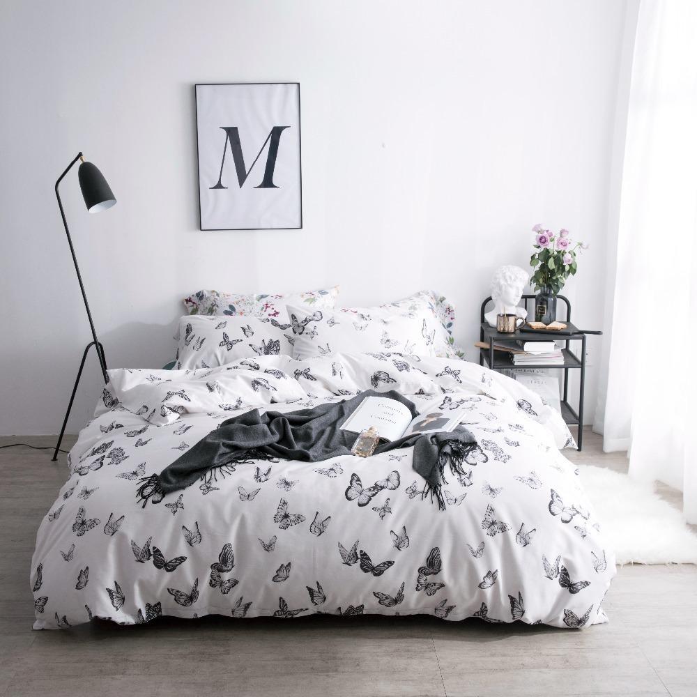 Luxury Bedding Sets Satin Duvet Cover Set With Button Closure Quilt