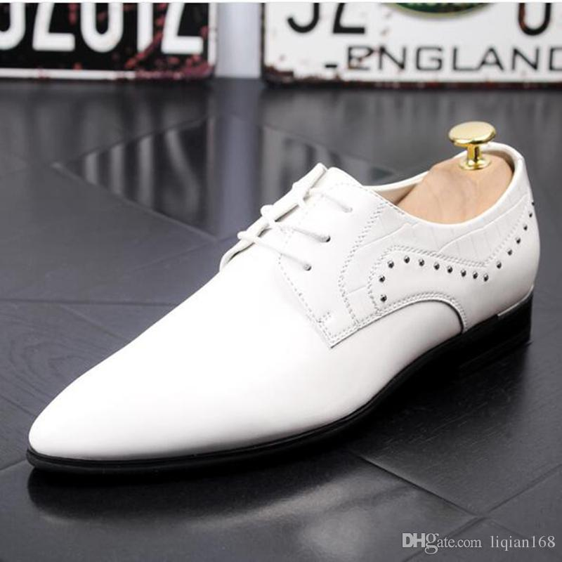 HOT new Sleek leather shoes for men business casual shoes.Black/white/gold/red wedding shoes Oxford shoes.