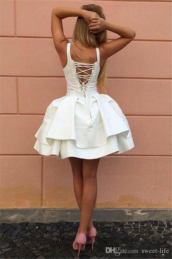 Cheap 2019 Sexy Criss Cross Straps Backless Little White Homecoming Dresses V Neck lace Up Tiered Short Prom Gowns Puffy Cocktail Dresses