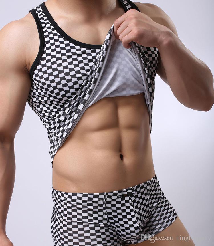 2018 Nouveaux Hommes Boxer Shorts Top qualité Hommes Confortables Marque Sous-Vêtements Sexy Basse Taille Hommes BlackWhite Plaid Garçon Shorts Pantalon Livraison Gratuite
