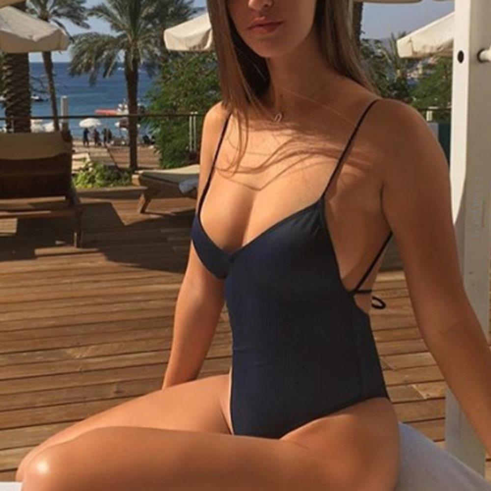 2019 NEW Brazilian Veinceinlly Sexy V Neck one piece swimsuit cross back female Swimwear women Bathing suit swim wear Monokini