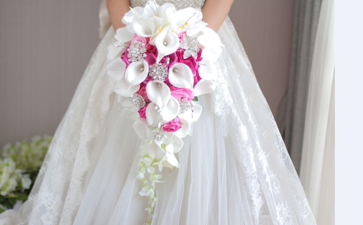 2018 high-end custom white calla lily red rose hydrangea DIY pearl crystal brooch drops bridal bouquet