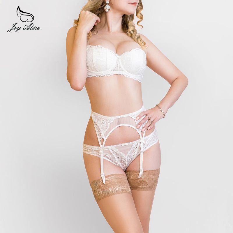 394a0418747db 2019 Bra+Panties+Garter 2018 New Arrival Suspender Lace Bra Set Panties  Women S Underwear Set Bra  Amp  Brief Sets Underwear Set Lingerie From  Clothesb1988