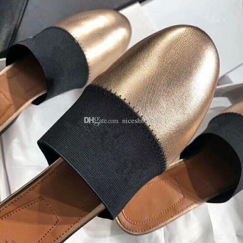 Nova Marca de Luxo Mulheres de Couro Genuíno De Pele De Cordeiro Designer Flats Mulas Slides Chinelos de mulher com Carta preto branco dourado chinelo mula 35-40
