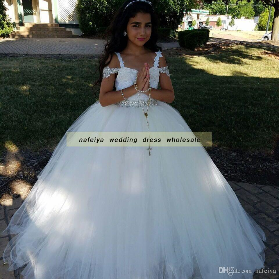 luxury flower girl dress 2018 Off the Shoulder White Lace Appliques Ball Gown Girls Pageant Dress for Little Childern Junior Bridesmaids