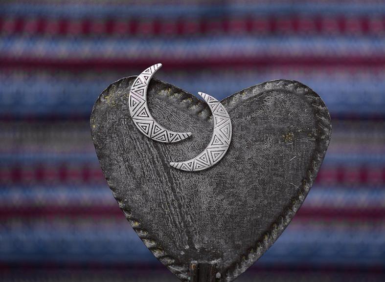 Europe Amérique Rétro Simple Style National Lune Boucles D'oreilles Conception Originale Beaux Modèles Femmes Argent Sterling Plaqué Or Bijoux