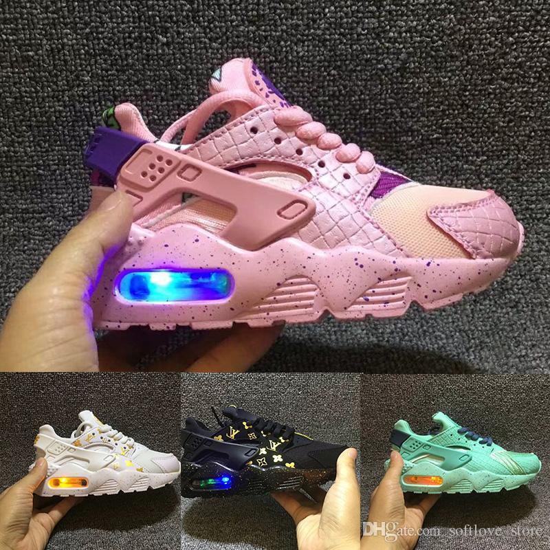big sale e4d9c 661cd Großhandel Nike Air Huarache Flash Light Air Huarache Kinder Laufschuhe  Turnschuhe Infant Kinder Huaraches Huraches Designer Hurache Casual Baby  Jungen ...