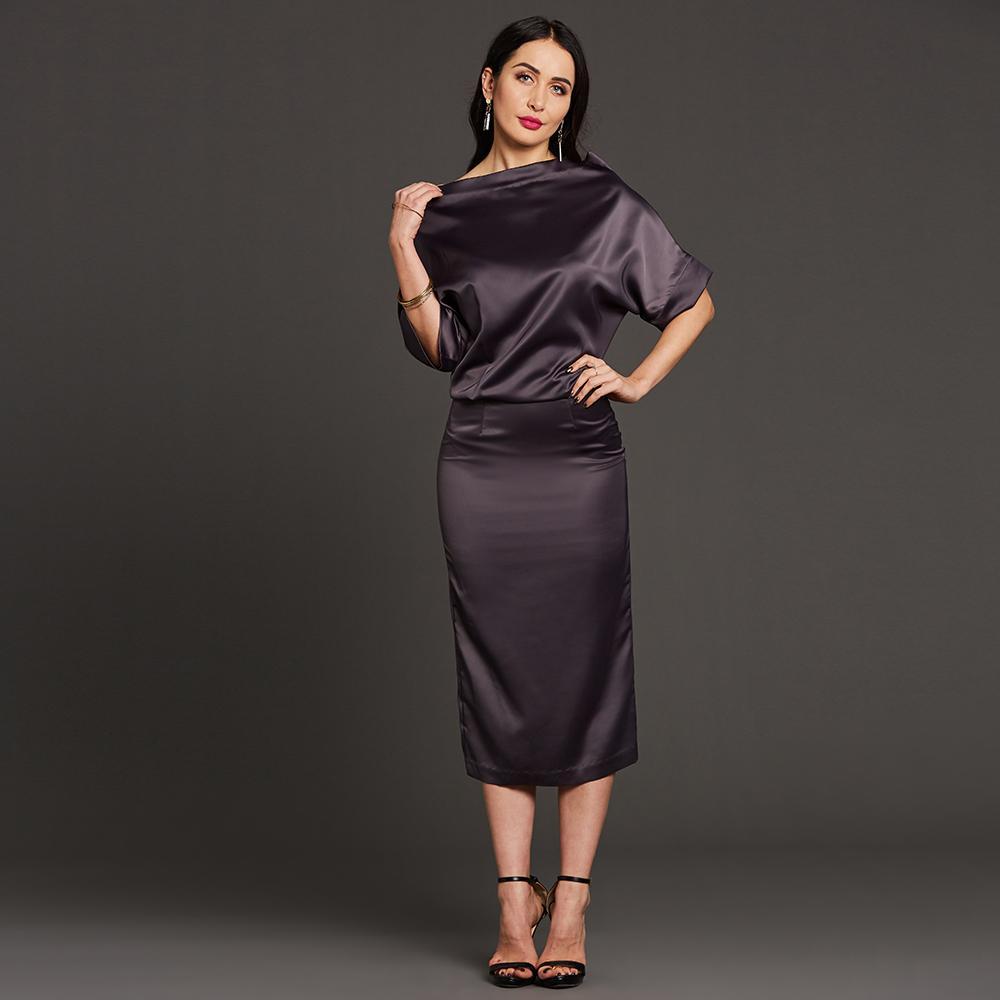 e2d0626e828 2019 Party Dress Women Batwing Sleeve Straight Slash Neck Plus Size Dress  Mid Calf Half Sleeve Zipper Grey Bandage Summer From Xx2015