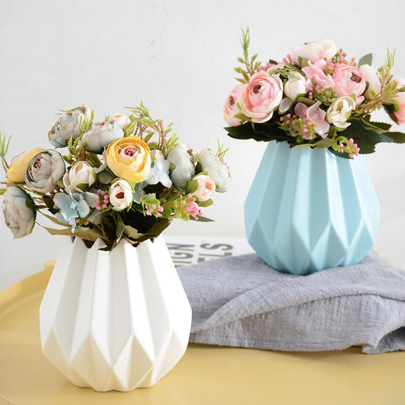 Modern Ceramic Vase Small Camellia Artificial Flower Set Ornament
