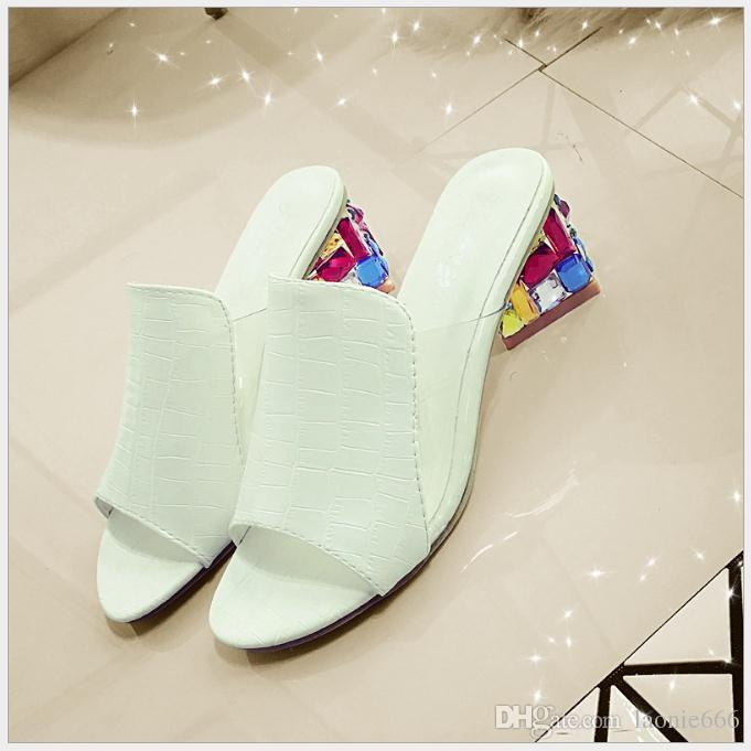 Summer new sandals female with fish mouth rhinestone Europe and the United States fashion large size rough with sandals and slippers