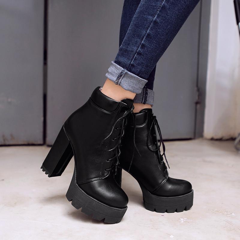 Compre YMECHIC Lace Up Botines Para Mujer Chunky Block Tacones Altos  Plataforma Señoras Punk Rock Zapatos Góticos Invierno Calzado Mujer 2018 A   50.1 Del ... 8d7959c02b1e