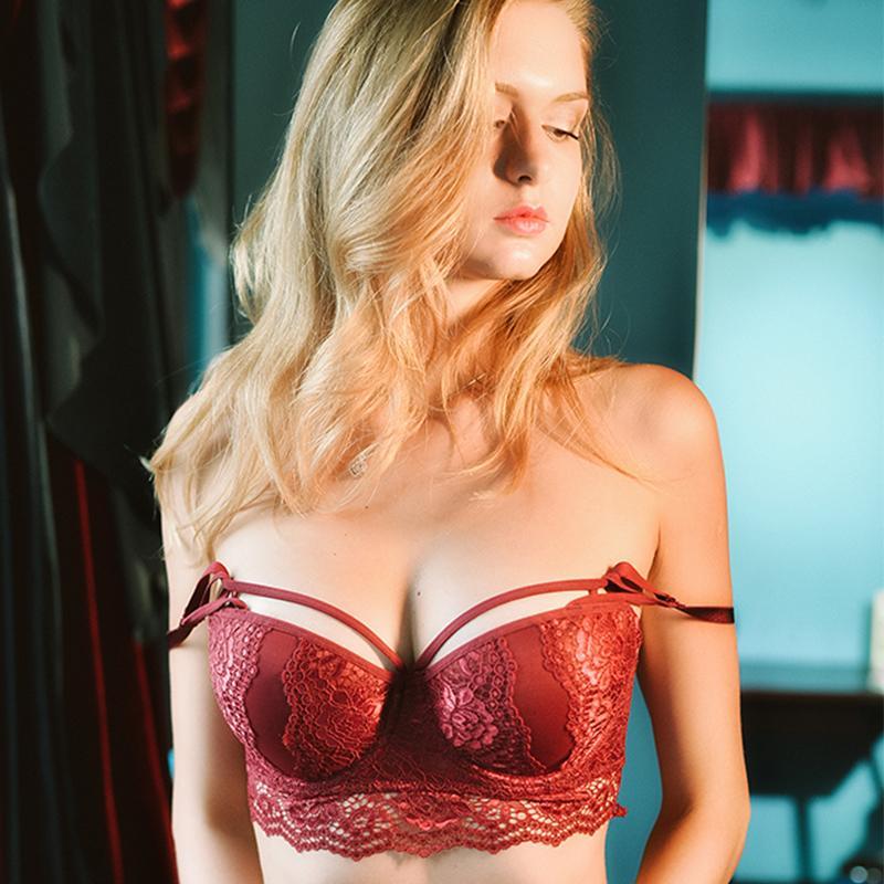 dfc70131c Compre Shaonvmeiwu Outono E Inverno Das Mulheres Novas Sexy Lace Underwear  Espessura Confortável Para Reunir Sutiã Tentação Vermelho De Weikelai