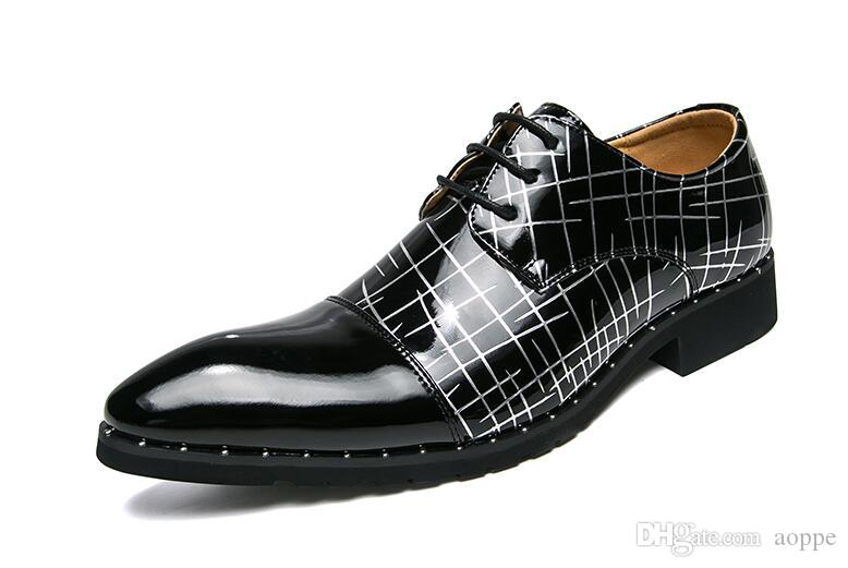 10d491f1d85 2018 Mens Shoes Mens Loafers Stylist Designer Shoes Patent Leather Printing  Men Luxury Loafers 723 Footwear Bass Shoes From Aoppe