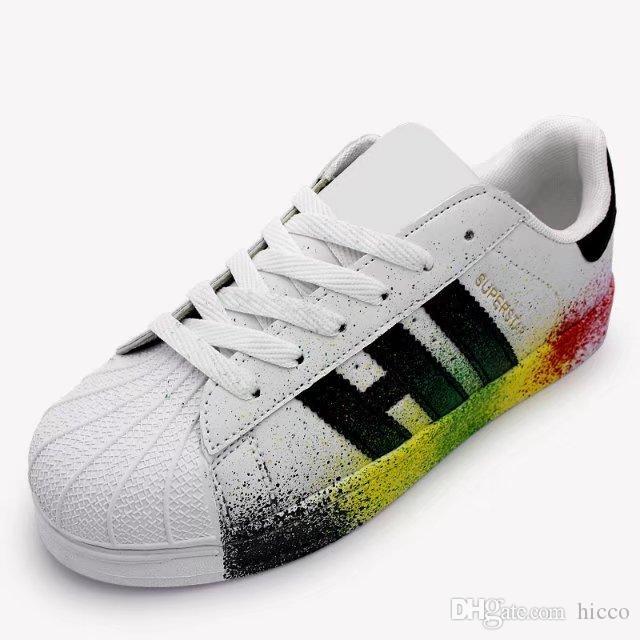 b5acc73d3ff Compre Zapatillas Superstar Para Mujer Para Hombre Zapatos Para Caminar  Casual Zapatos Planos Para Mujer A  15.92 Del Hicco