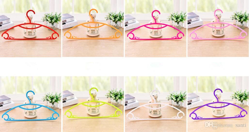 Housekeeping hot Clothes Hangers Portable Arc Hook Design Outdoor Clothes Drying Rack Plastic Hangers