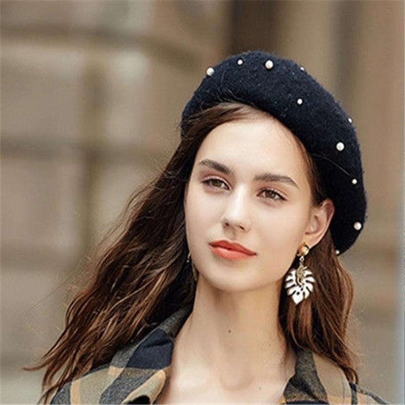 75826f81ea0 2019 Plain Pearl Berets Sweet Hat Wool Autumn Women Girls Fashion Hats  French Beret Winter New Hot From Weichengz