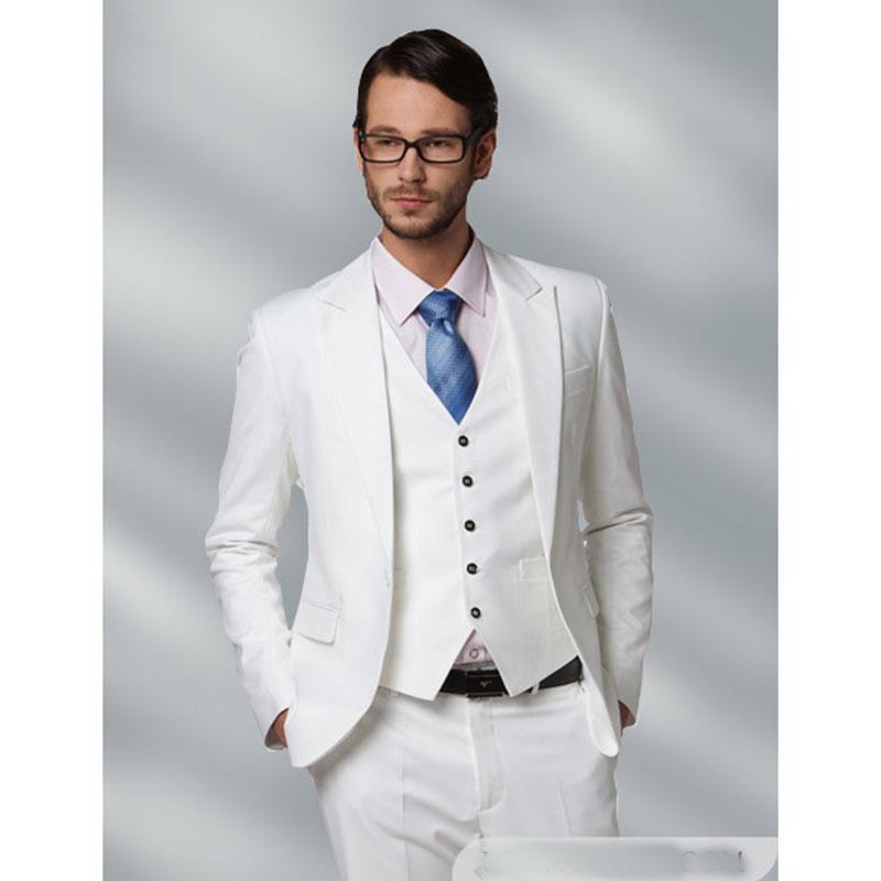 Compre 2018 Hombres Blancos Traje Slim Fit 3 Piezas Para Hombre Tuxedo  Tailor Blazer Últimos Diseños De Pantalón De La Capa Del Novio Prom Trajes  De Boda ... 1565e61da81