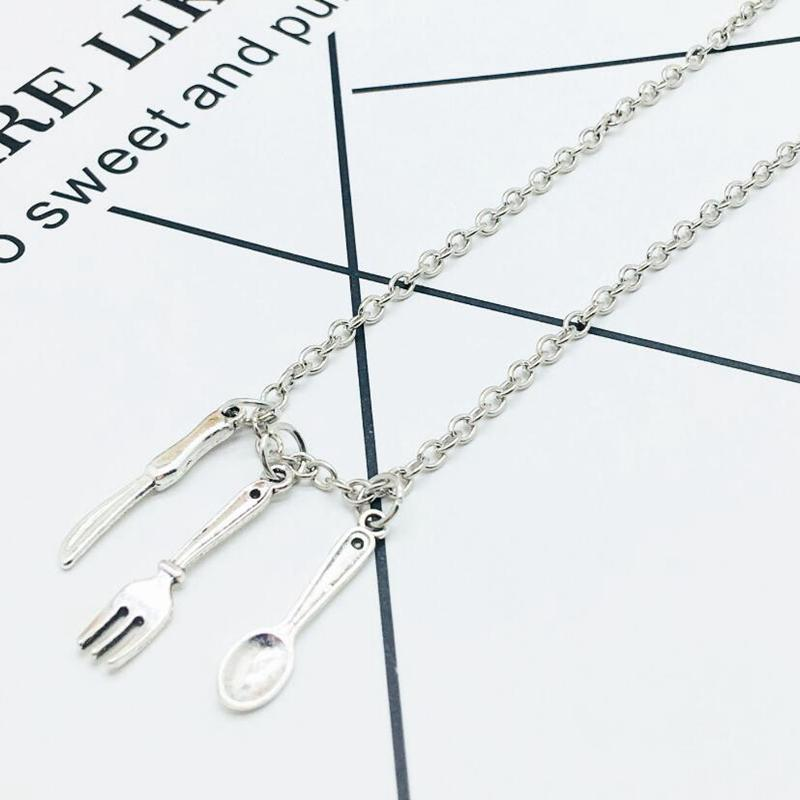 2018 New Hot Ancient Silver Spoon Fork Knife Charm Pendant Necklaces Fashion Creativity Women Men Jewelry Accessories Holiday Gifts