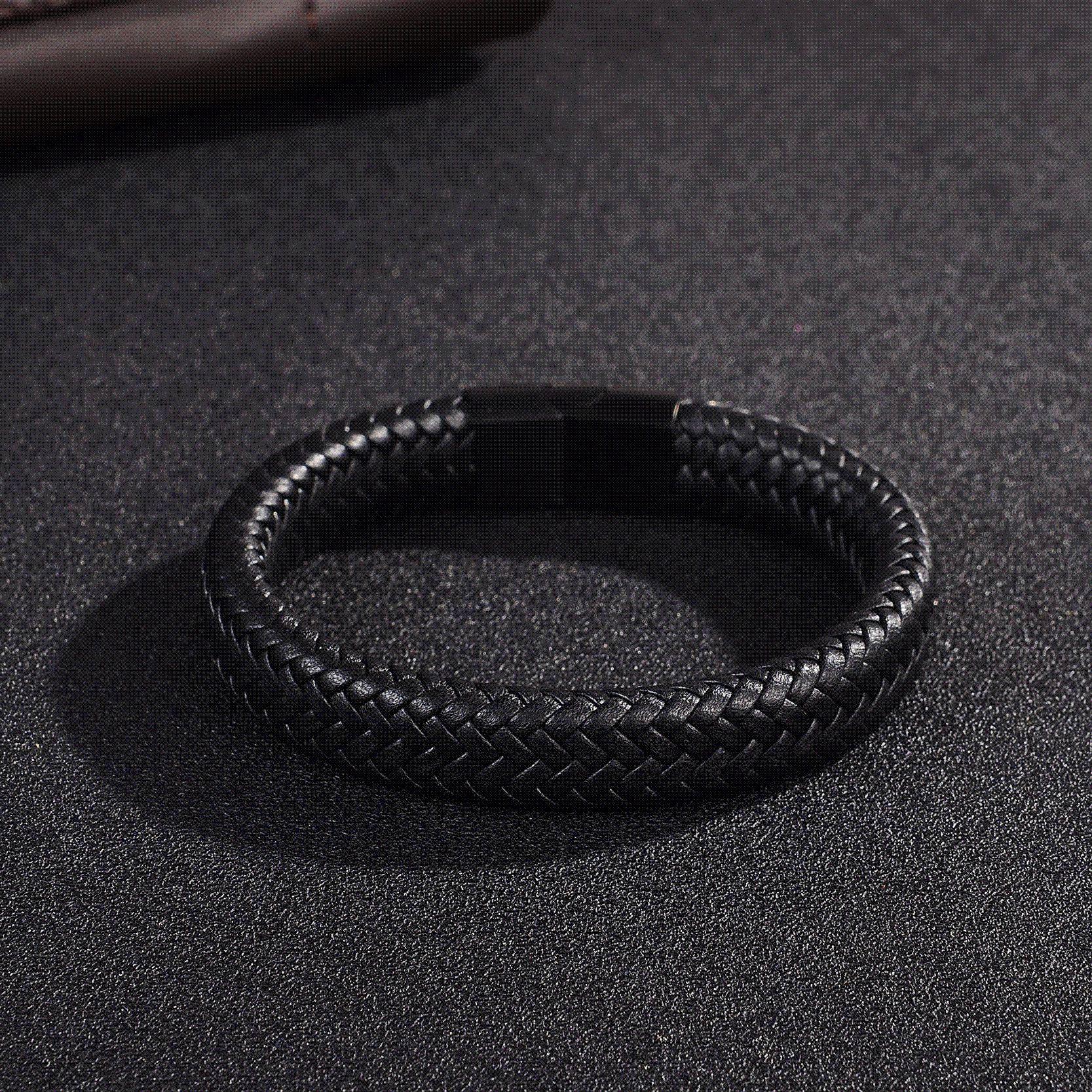 54cc2c5f10c7 Compre Jiayiqi Punk Men Jewelry Negro   Marrón Pulsera De Cuero Trenzado Acero  Inoxidable Cierre Magnético Brazaletes De Moda 18.5   22   20.5cm Al Por ...