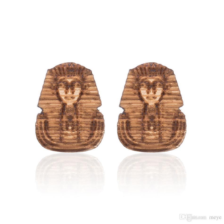 109cb20be7a Aretes de madera libres de alergias. Postura del león de los hijos de  Egipto. Moda de momia. Aretes de madera creativos de alta calidad.