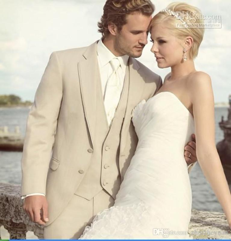 2018 New Cheap Beige Groomsmen Tuxedos Notch Lapel Groom Tuxedos Best man Bridegroom Wedding Suit Prom Dinner Suits Jacket+Pants+Vest