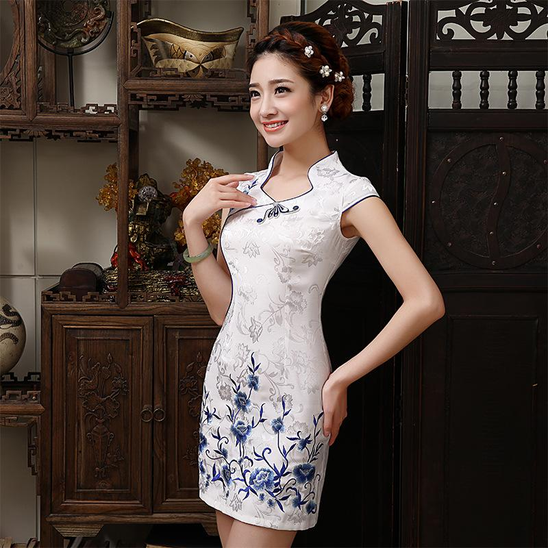 2019 New Design Elegant Dress Chinese Retro Sexy Mini Qipao Short Sleeve  White Cheongsam Mandarin Collar Chinese Dresses From Finebeautyone f4f799cd8496
