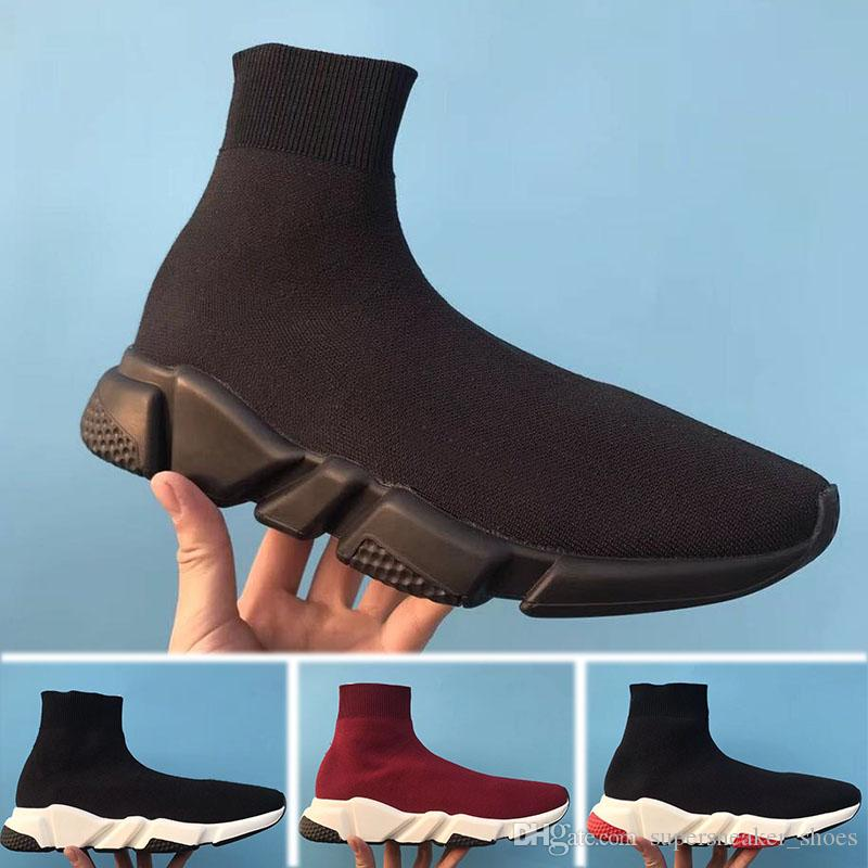 9d1fadebd84d48 Großhandel 2018 Balenciaga Speed Low Slip On Men s Shoes Luxusmarke  Designer Schuhe Speed trainer Schwarz Rot Mr Porter Triple Schwarz Flache  Mode Socken ...