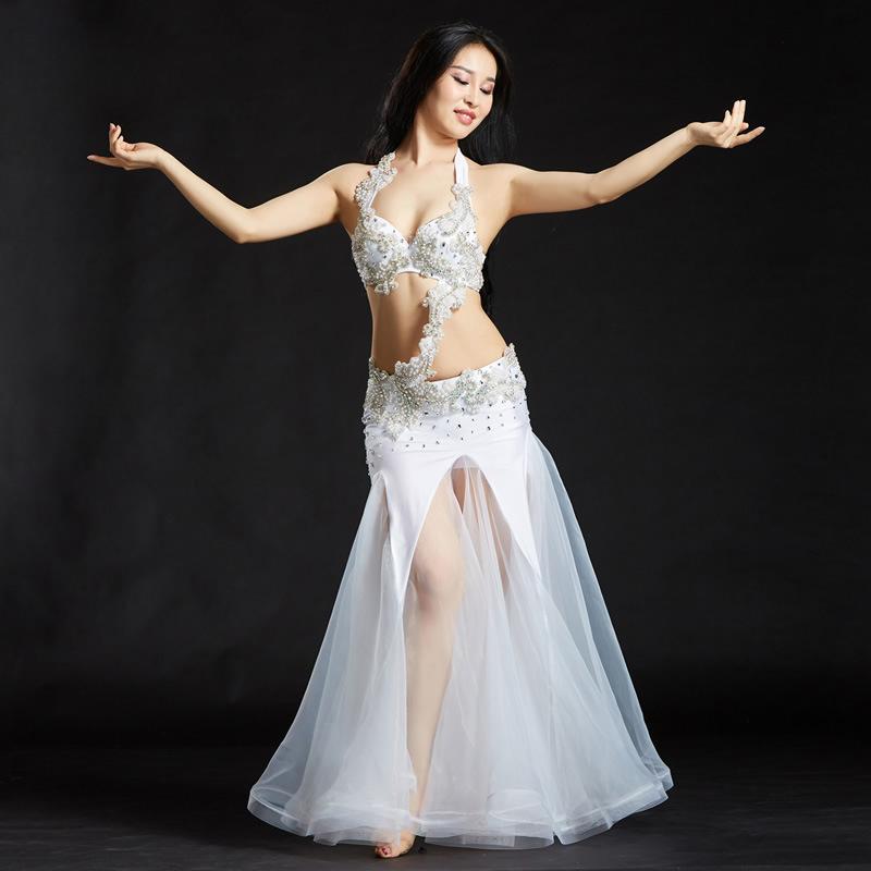 7d7de09fa3ef Acquista 2018 Abbigliamento Da Ballo Professionale Abbigliamento Danza Del  Ventre 3 Pezzi Cintura Reggiseno Con Perizoma In Rilievo Set Donna Costumi  ...