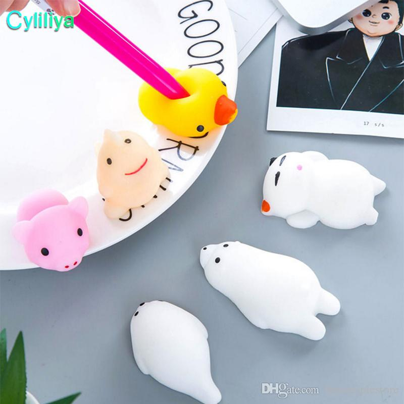 Squishy lento aumento Jumbo Toy Bun Toys Animali Cute Kawaii Spremere Cartoon Toy Mini Squishies Cat Squishiy Moda Rara Regali di animali Charms