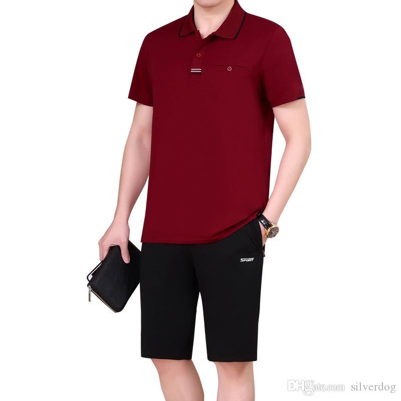 d0989dd7d41e Großhandel Senior Männer Kleidung Kurze Hose Polo T Shirt Beiläufige Kurze  Hosen Zweiteilige Sweatsuits Für Männer Sommer Street Wear Für Elder Plus  Size ...