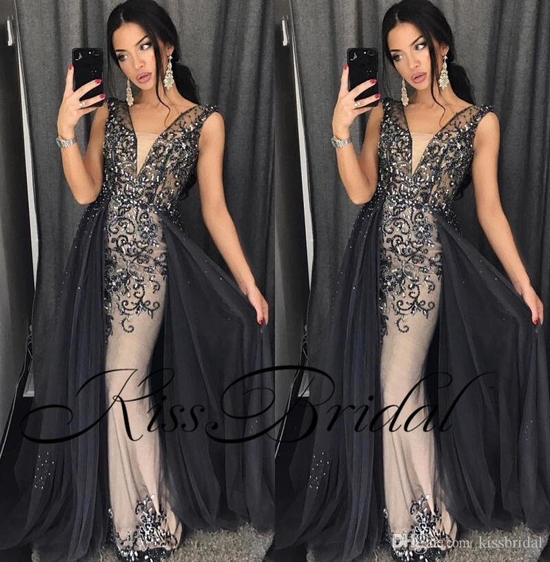 Luxury Bling Prom Dresses Crystal Beading Overskirts Formal Evening Gowns Dubai African Gowns With V Neck Sheath Body Shape