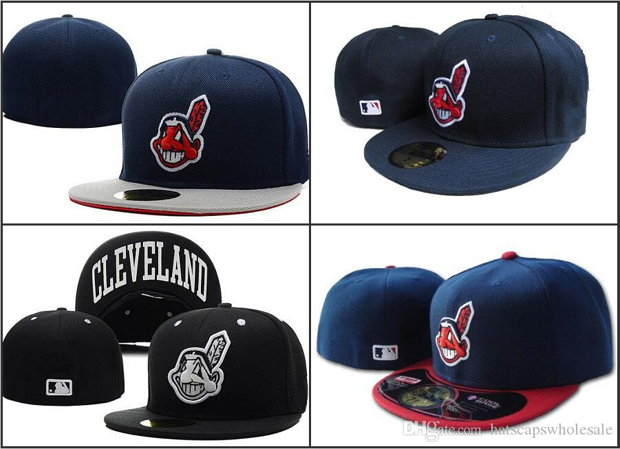 72698c104c0 Wholesale Men s Red Indians Fitted Hats Flat Brim Gorras Bones Masculino  Sport Summer Size Caps Chapeau Cheap Brand Fitted Hat For Sale Baseball Fitted  Hats ...