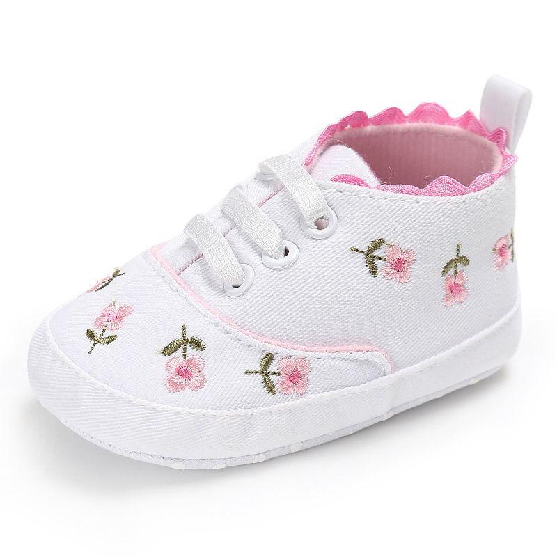 94ab87398bf6a Acheter Dentelle Blanche Brodée Floral Bébé Fille Chaussures Fond Doux  Prewalker Marche Toddler Enfants Chaussures Pour 0 6 6 12 12 18 Mois De   34.26 Du ...