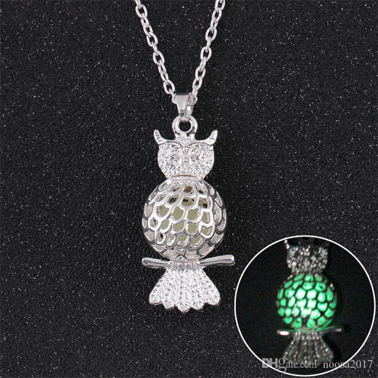 HOT Hollow Owl luminous pendant necklace perfume diffuser necklaces essential oil diffuser locket can be opened sweater chain