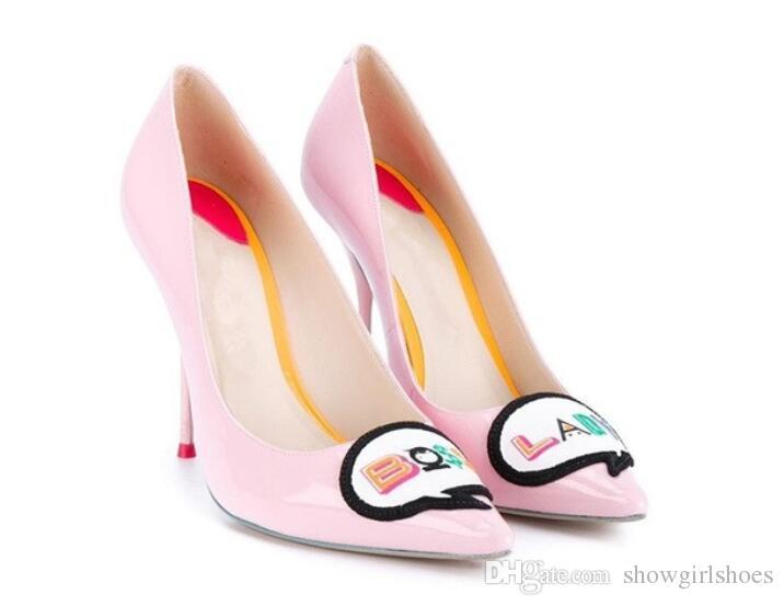 الوردي براءات جلد النساء مضخات مثير أشار تو الخنجر الكعوب الزفاف أحذية الزفاف embroder أحذية عالية الكعب النساء
