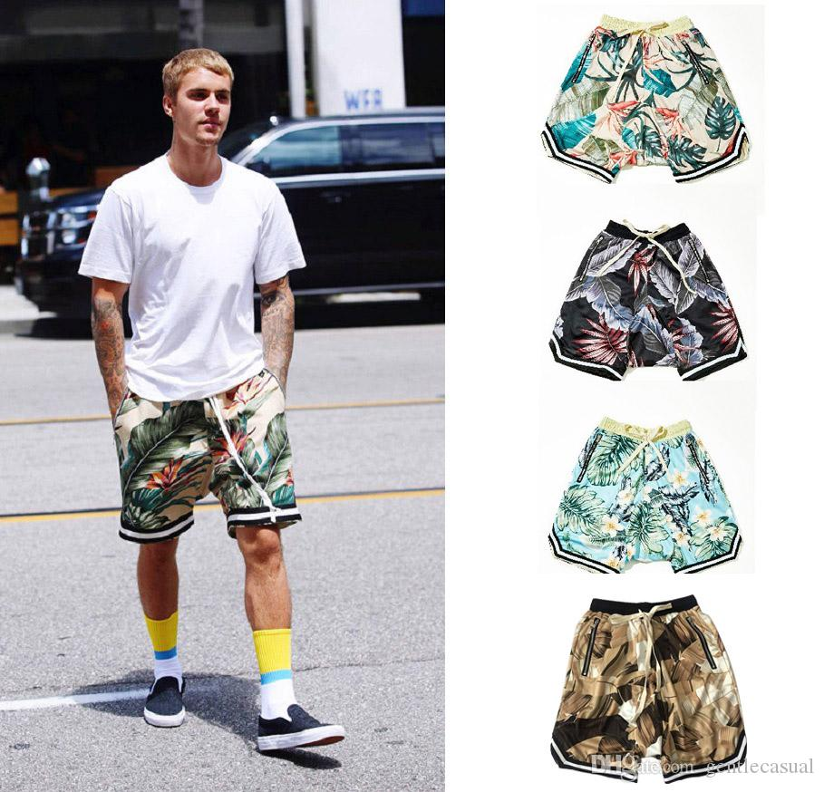 326df3b1feb 2019 Men Summer Shorts Hip Hop Floral Printed Streetwear Loose Shorts Side  Zipper Camouflage Short Pants Justin Bieber Shorts From Gentlecasual