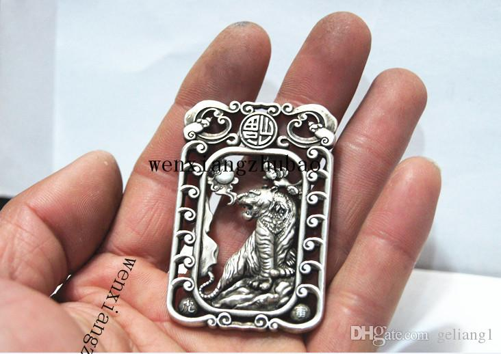 Antika beyaz bakır çift yüzlü kaplan. Dikdörtgen şanslı kolye kolye.