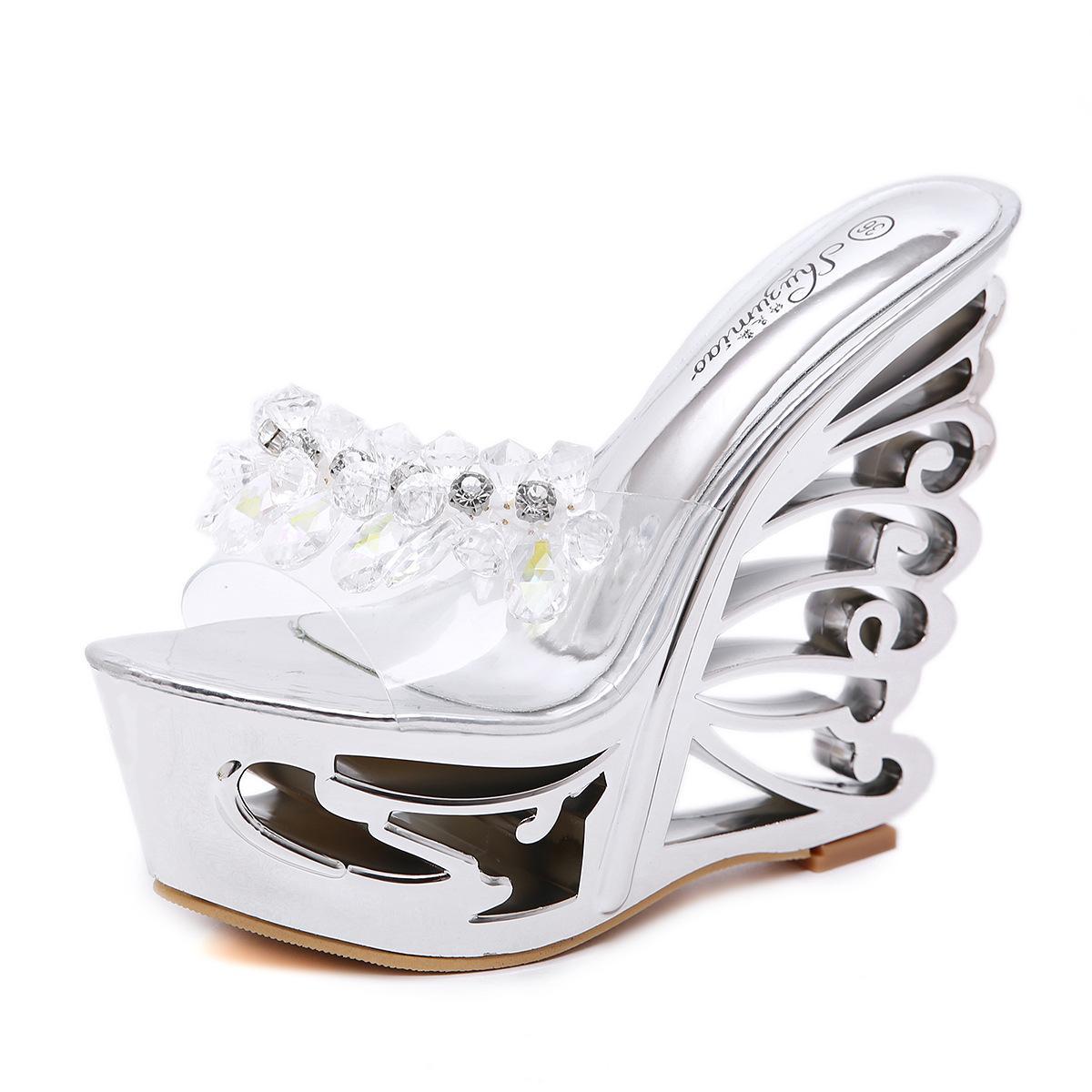 dab11fdcdd64dd Großhandel Frauen Plateau Sandalen High Heels Sommer Schuhe Peep Toe Frauen  Keil Sandalen Hausschuhe Gold Silber Perlen Heels Frauen Sandalen Von ...
