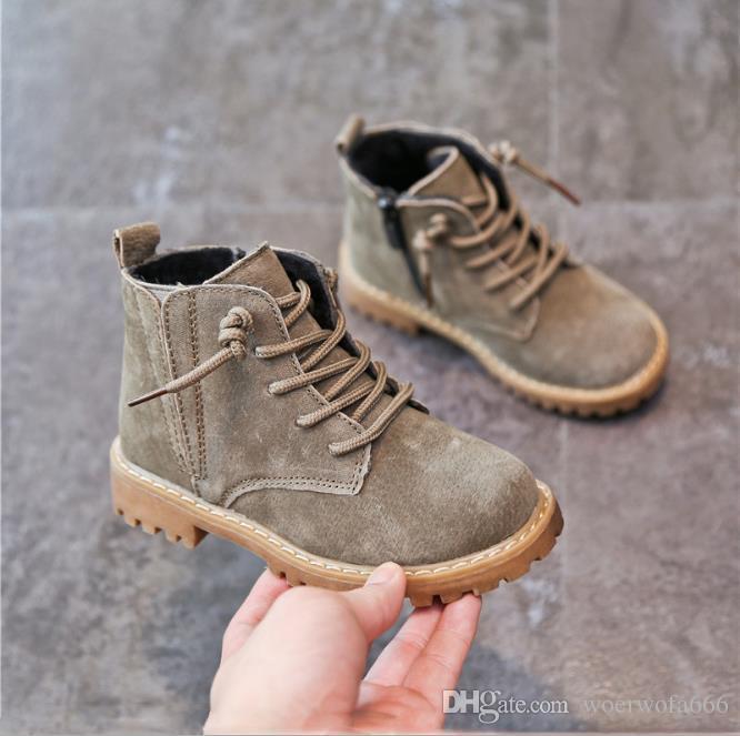 4dafeefe17f3d Acheter Chaussures Enfants Automne Et Hiver 2019 Bottes De Neige En Cuir  Enfants S Fille Martin Bottes Garçon Bottes En Coton Bébé 23 37 De  22.29  Du ...