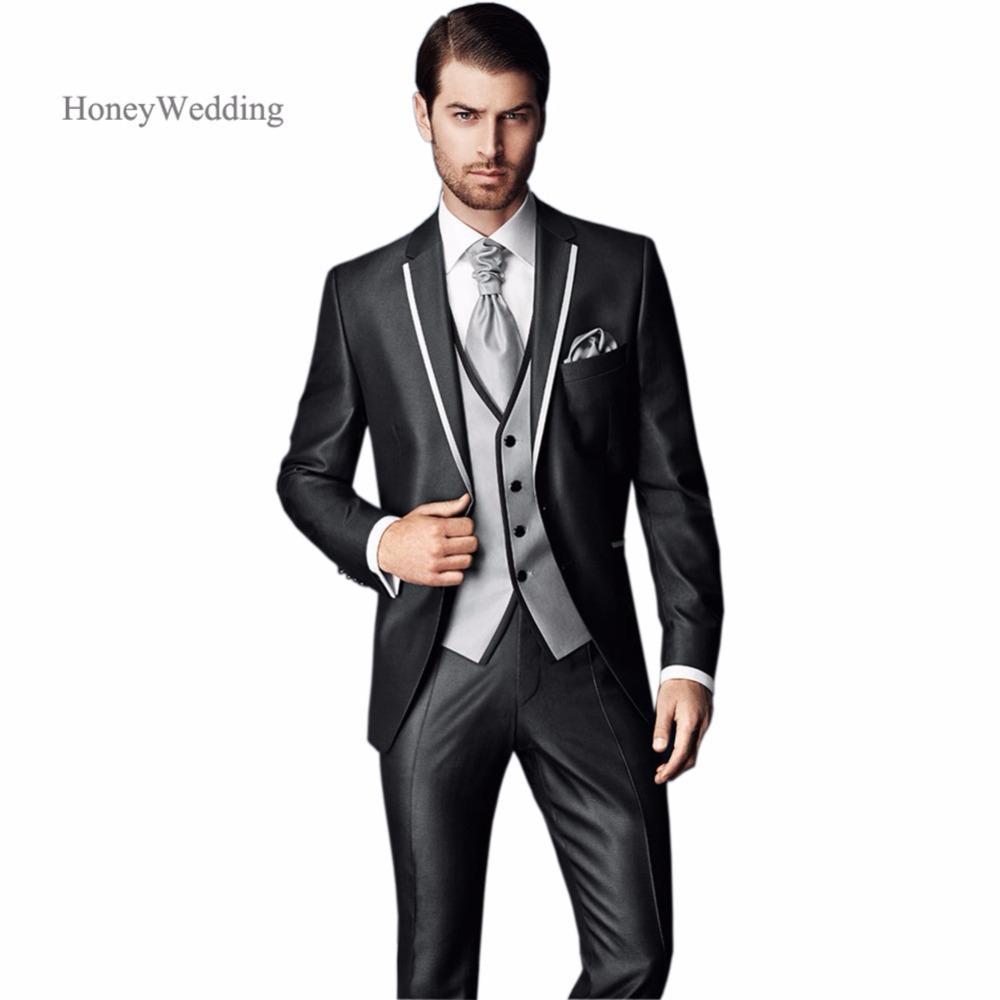 Acheter Costume Pour Homme Mariage 2018 Nouvelle Arrivée Slim Fit Charbon  De Mariage Costume Marié Smokings Marié Costume Veste + Pantalon + Gilet De  ... ee0413e72e6