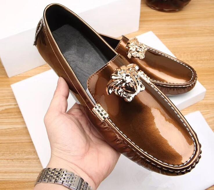 7b4405672b04 Men Genuine Leather Doug Shoes Patent Leather British Style Loafers Shoes  Top Quality Fashion Forward Champagne Colour Driving Shoes Driving Shoes  Flat Heel ...