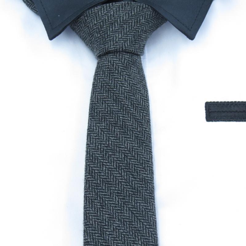 e213d334c449e Acheter Cravate Grise Noire, Laine, Cravate 6CM Pour Homme, Édition  Coréenne, Cravates Étroites, Cravate Fine À Chevrons Gris Foncé, Gravata  Mâle De $27.77 ...