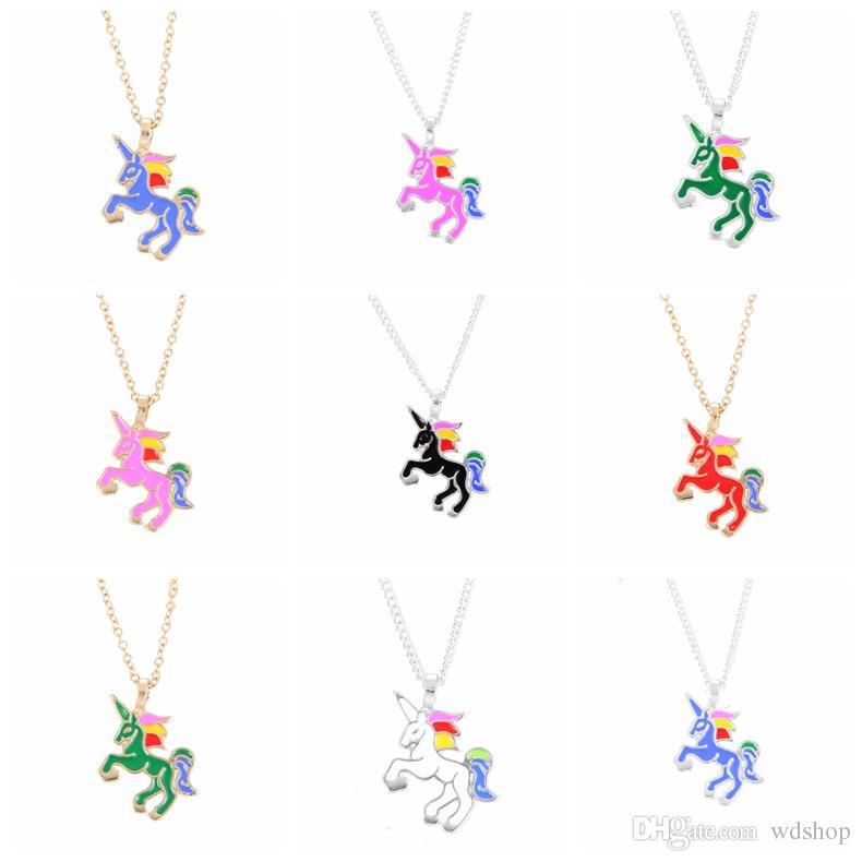 bf5dc8e8f7bc Compre Lindo Esmalte Unicornio Collar Mixto es De Dibujos Animados Rainbow  Horse Gargantilla Cadena De Oro De Plata Collares InfantilesColgantes Para  ...