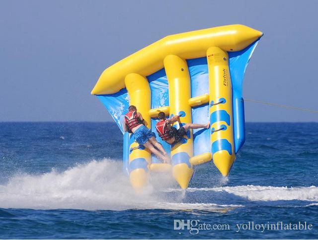 Compre Alta Qualidade Esportes Radicais Água Voando Peixe Parque Aquático  Brinquedo Barcos De Borracha + Bomba De Ar De Yolloyinflatable d23835b7518fa