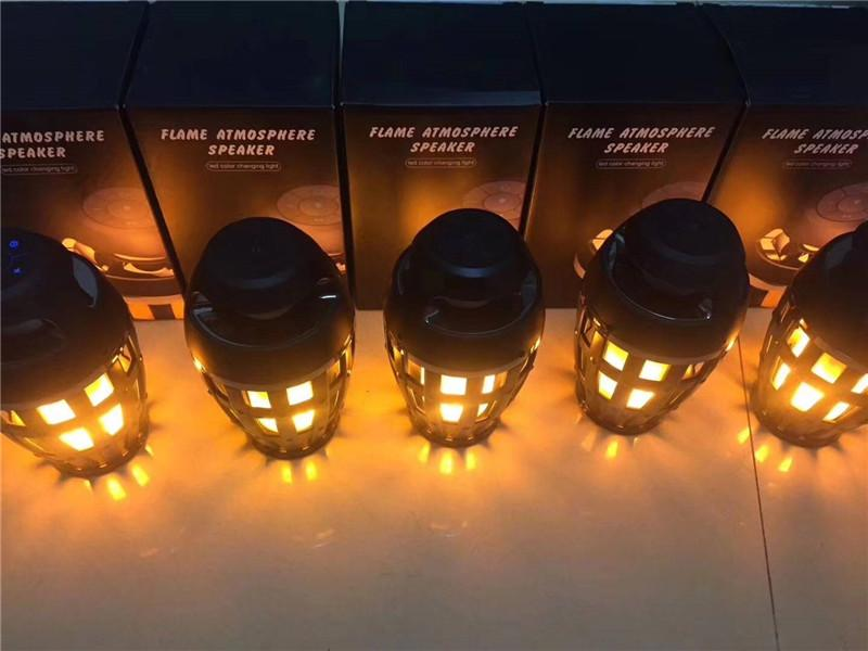 2018 New I3 LED Torch Flickering Flame Light Lamp Bluetooth Speaker Atmosphere Stereo Night Lamp Christmas Gift black MIS135