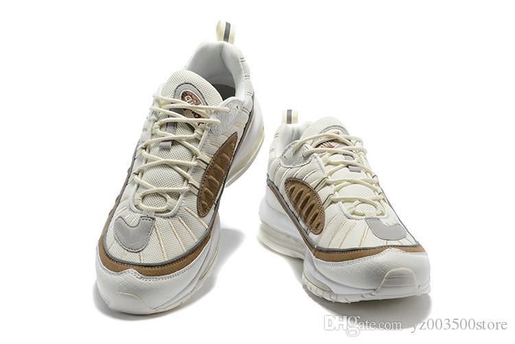 Acquista Nike Air Max Airmax 98 Spedizione Gratuita 98 Gundam Running Shoes  2018 Novità Uomo Donna AM 98 Tour Giallo Sup Nero Bianco Rosso Sneakers ... ef088f70a1e