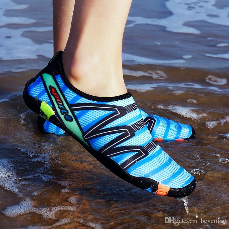 38733e127bb0 Men And Women s Fashion Water Shoes Quick Dry Lightweight Barefoot Aqua  Sneakers for Men Women Surfing Swim Walking Yoga Men And Women s Quick Dry  Water ...