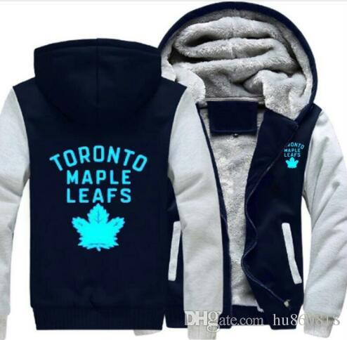 ee07922a529 2019 2018 Toronto Maple Leaf Sweatshirt Warm Fleece Thicken Jacket Zipper  Coat Hoodies   Sweatshirts Up To Date Jacket From Hu860818
