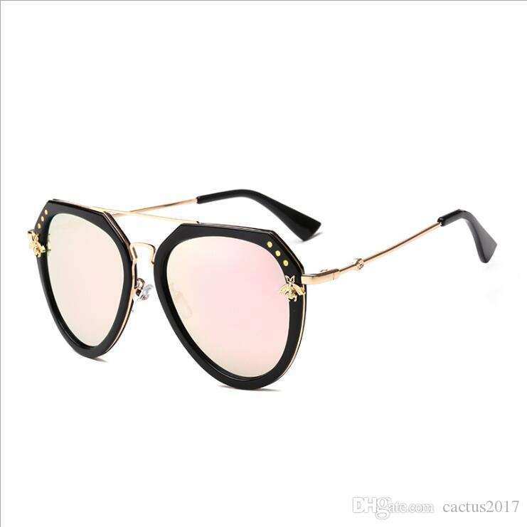 Bee Sunglasses Vintage Shades For Women Men Metal Frame Fashion New  Designer Sunglasses Women 2018 High Quality Sunglasses Hut Reading Glasses  From ... 082ba4ea3